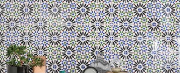 Carrelage mural avec motifs