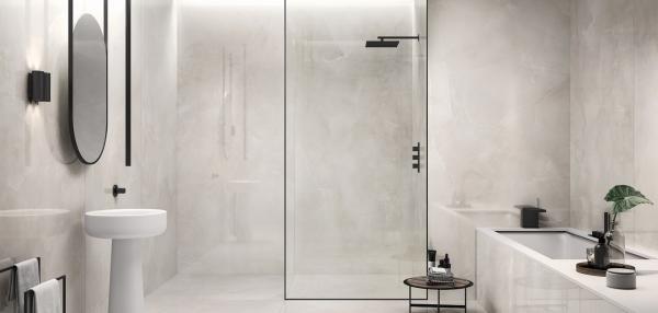 Douche à l'italienne avec carrelage imitation marbre