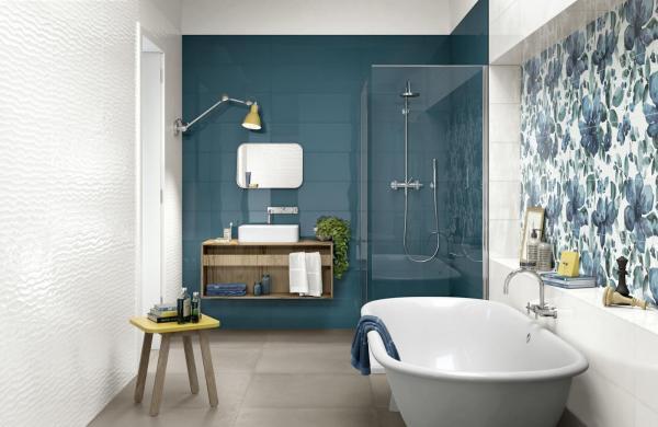 Salle de bains tons bleu & blanc