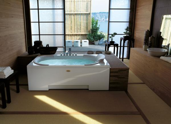 Baignoire balnéo - hydromassage avec effet massage Shiastu