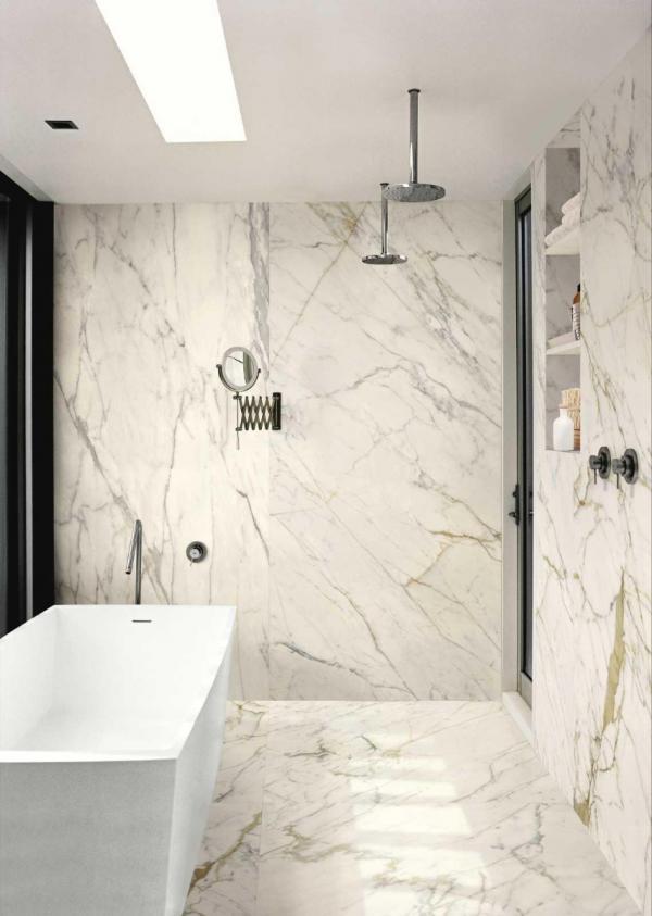 Salle de bains avec carrelage très grand format - Nord-Pas-de-Calais