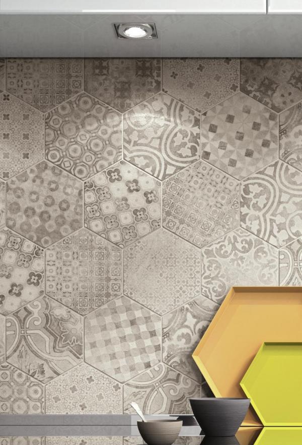 Carrelage hexagonal avec motifs