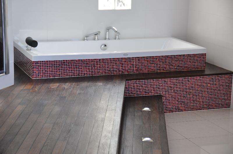 baignoire encastr e plancher pont de bateau lille douai lens le touquet. Black Bedroom Furniture Sets. Home Design Ideas