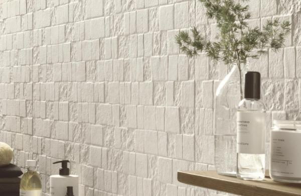 Carrelage mural structuré effet pierre